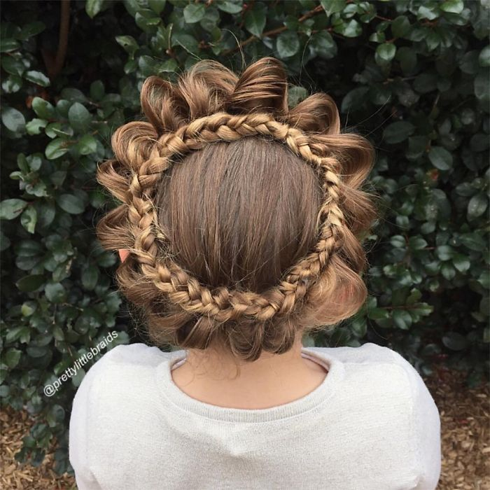 mom-braids-unbelievably-intricate-hairstyles-every-morning-before-school-2__700