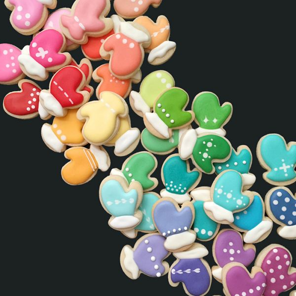 graphic-designer-makes-custom-cookies-holly-fox-design-52-572da32e1c5d7__700