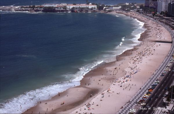 the Daily Life at the Rio Beaches in the late 1970s (3)