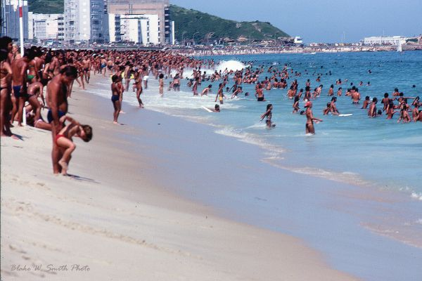 the Daily Life at the Rio Beaches in the late 1970s (12)