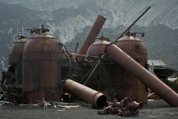 abandoned-machinery