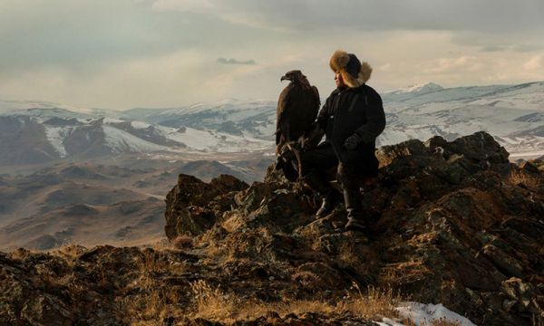 eagle-hunters-of-mongolia-by-asher-svidensky-1