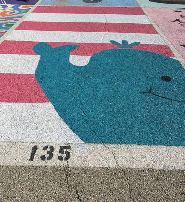 high-schools-let-their-seniors-paint-their-parking-spots-16