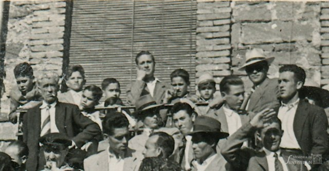 Jóvenes de Santisteban - Toros 19 mayo 1956 - FOT00523
