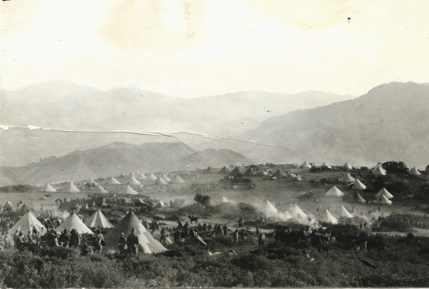 Vista general del campamento de Annual publicada en el ABC a 31-12-1920, fotografía de Salvador Zarco.