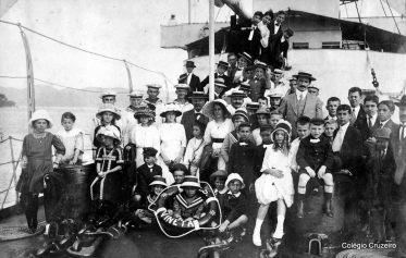 1913 - Visita dos alunos ao navio de guerra