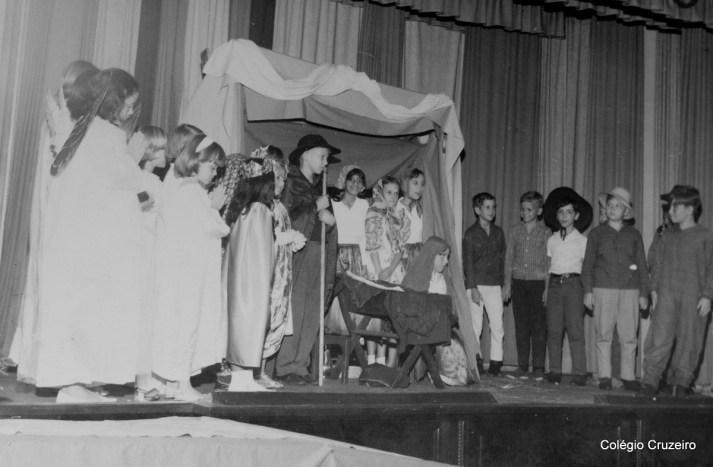 1966 - Apresentação Teatral na Festa do advento