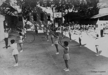 1962 - Aula de Educação Física no Colégio Cruzeiro - Centro