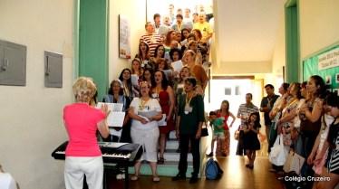2012 - Apresentação do coral dos ex-alunos da unidade Centro, sob regência da Professora Adelheid Mason (Dona Heidi)