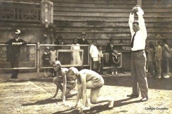 1931 - Atividade Esportiva de alunos do Colégio Cruzeiro - Centro no Clube Fluminense