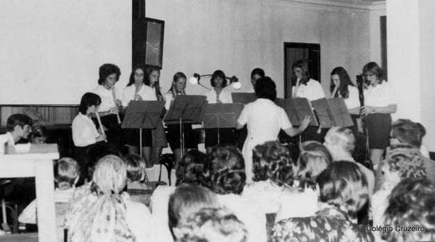 1971 - Apresentação de Flauta com a professora Hela Tirler