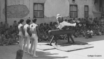 1971 - Apresentação de Ginástica Olímpica no Colégio Cruzeiro - Centro