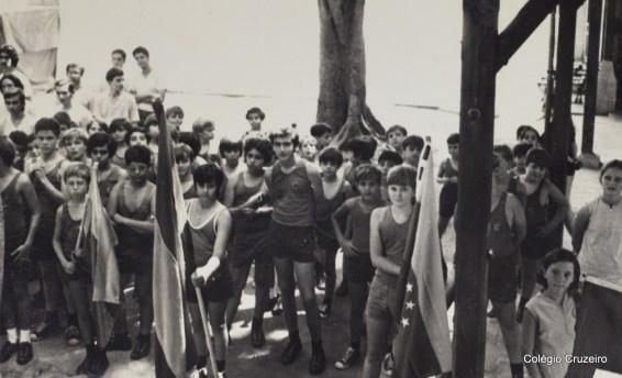 1971 - Cerimônia dos Jogos Olímpicos do Colégio Cruzeiro - Centro