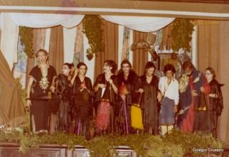1980 - Apresentação da peça A bruxinha que era boa