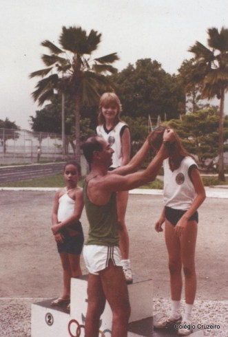 1983 - Dia Olímpico do Colégio Cruzeiro - Centro na Escola Naval