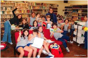 2004 - Atividade na Biblioteca da unidade Centro