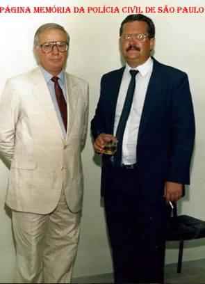 Delegados de Policia Durval de Oliveira e Massilon Bernardes, da Delegacia Seccional Sul, em 1.988.