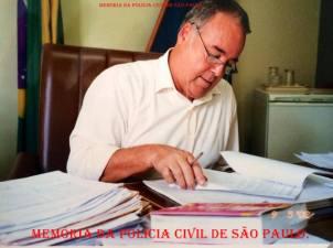 """Delegado de Polícia Arcy de Castro Oliveira Vicente """"in memorian"""". (Enviado por Paula Adriana, acervo da filha Isabela Silva Vicente)."""