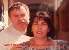 """Investigadores de Polícia Octacílio Gimael Pereira, o """"Bebê Johnson ou Cilão"""" """"in memorian"""" e Valdelice DoSim. Ele, iniciou na RUDI na década de 60 e foi um dos precursores no serviço de inteligência da Polícia Civil com o SIE- Serviço de Investigações Especiais- DEIC. Ela, iniciou sua carreira no SIE, na década de 70, hoje aposentada."""