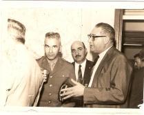 A esquerda o Coronel do Exército Ner Augusto (Comandante da Guarda Civil, na revolução de 64) e e ao lado de bigode Delegado Corregedor Agnelo Audi, a direita o Delegado de Polícia Nemr Jorge da Terceira Delegacia Auxiliar à direita de óculos, em 1968. (enviado pela Investigadora de Itu Tânia Cione).