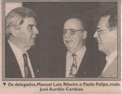 """Foto publicada no Jornal A Tribuna de Santos, em setembro de 1996. Delegados de Polícia (hoje aposentados) Manuel Luiz Ribeiro o """"Manecão"""" Paulo Felipe e José Aurélio Cardoso."""
