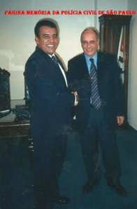 Dois ícones da história do DHPP: Investigador Osvaldinho Santos e Delegado de Polícia Marco Antônio Desgualdo.
