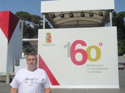"""Delegado de Polícia Paulo Roberto de Queiroz Motta, no 160º Aniversário da Fundação da """"Polizia di Stato"""" em 25 de maio de 2.012 na Piazza Del Popolo- Roma- Itália"""