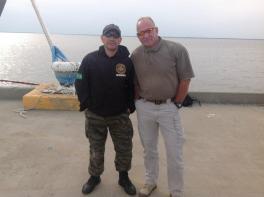 Richard Hill, instrutor das Forças Especiais dos EUA, foi um dos instrutores do Team Six, homens que pegaram Osama Bin Laden. À esquerda o Investigador de Polícia da Seccional de Marília Aurísio Vieira Melo Jr, em treinamento na cidade de Nova Iorque- EUA.