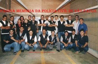 Turma do Curso de Formação Técnico Profissional da ACADEPOL para Investigadores de Polícia, ano 1.998.