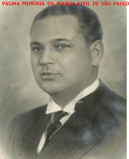 Ex Governador, Presidente do Tribunal de Contas e Secretário da Justiça do Estado de São Paulo, Delegado de Polícia José de Moura Rezende. Nasceu em Caçapava (SP), no dia 26 de outubro de 1896. Estudou na Escola de Comércio Álvares Penteado (SP) e conclui seus estudos superiores em 1919, na Faculdade de Ciências Jurídicas e Sociais do Rio de Janeiro. Foi Delegado de Polícia no município de São Roque, 1920 a 1921 e posteriormente Delegado em Ibiúna. A 15 de janeiro de 1923 iniciou o mandato de vereador em Caçapava, cargo no qual permaneceu até 30 de agosto de 1925. De 15 de janeiro de 1926 a 27 de outubro de 1930, prefeito da Caçapava. Em 1935 foi eleito deputado estadual e cumpriu o mandato até 10 de novembro de 1937 e após, Secretário do Governo (Chefe da Casa Civil). Moura Rezende torna-se então Secretário de Justiça, função que se estende até 5 de junho de 1941. Em 1939, quando assumiu a função de Interventor Federal substituto em São Paulo (Governador). Em 1950, de 30 de janeiro a 30 de junho, Moura Rezende foi Secretário da Educação. De 1951 a 1954, volta a ser deputado federal, . Em 1953, de 9 de setembro a 3 de dezembro, nomeado Secretário da Educação (durante o governo de Lucas Nogueira Garcez. Em 4 de dezembro de 1954, é nomeado Ministro do Tribunal de Contas do Estado de São Paulo. Moura Rezende assume, a 29 de dezembro de 1958, a presidência do Tribunal de Contas do estado de São Paulo para o biênio de 1959-1961.