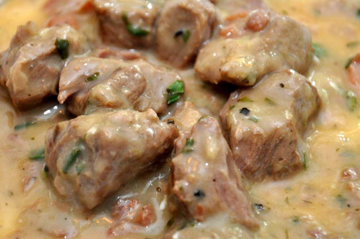 Agnello brodettato (Lamb Stew with Egg and Lemon)