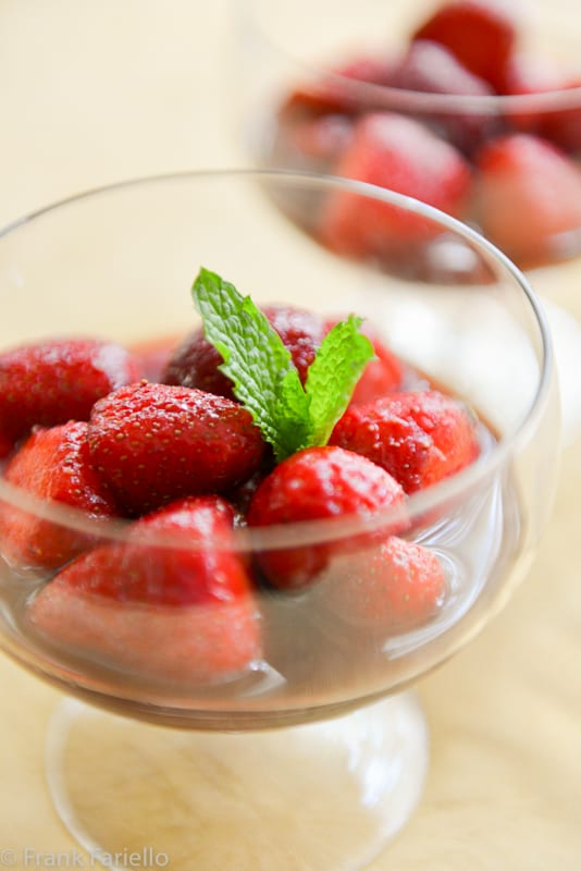 Fragole al vino rosso (Strawberries in Red Wine)