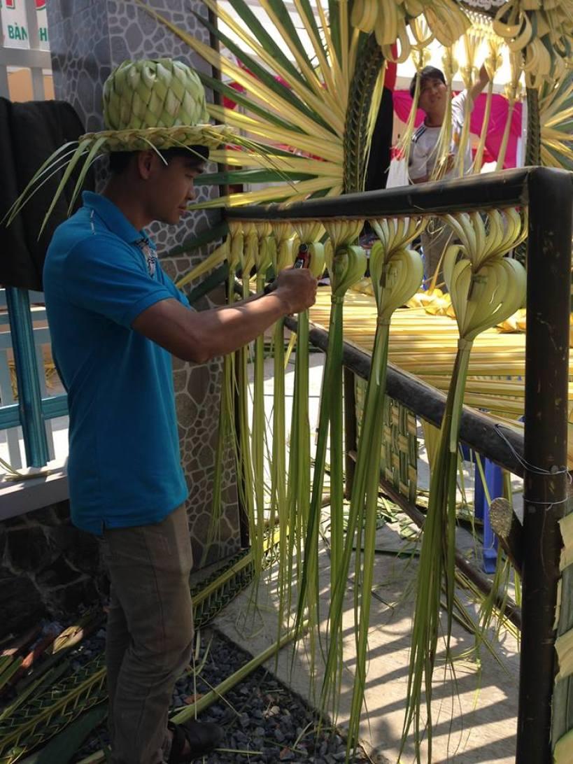 Làm cổng cưới Miền Tây bằng lá dừa tại Đồng Tháp