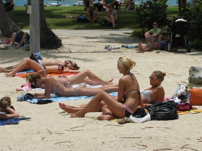 The beautiful backpackers flock to Airlie Beach, Queensland