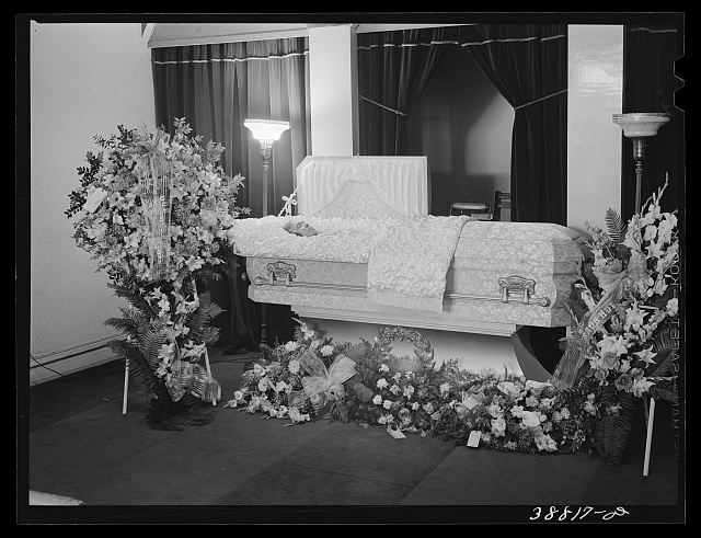 Before funeral services in undertaking parlor. Southside of Chicago, Illinois. c.1941 Apr (Library of Congress)
