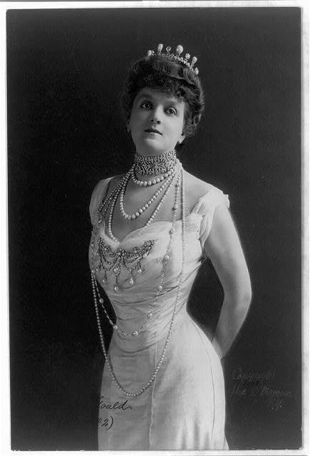 Mrs. George Jay Gould (c. 1903)