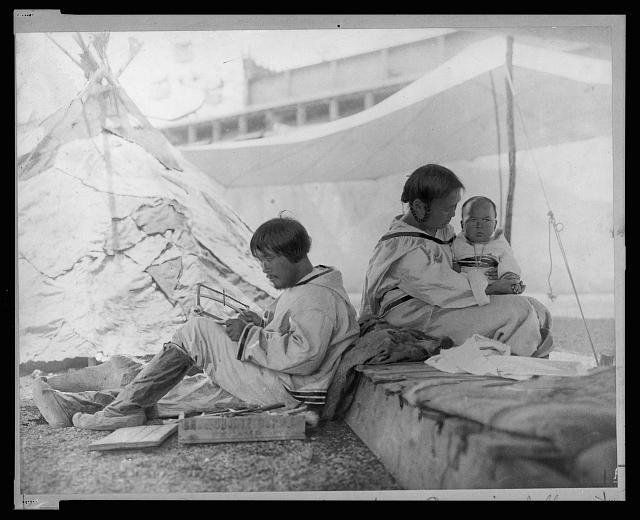 Esquimaux village, circa 1901 - Frances Benjamin Johnston, photographer (1864-1952)