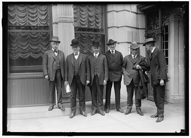 Lennon, Walsh, OConnell, Weinstock and R.H. Aishton; Garretson, at Shoreham Hotel.  1915