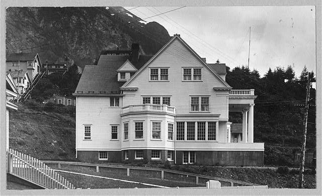 Official residence of the governor of Alaska between ca. 1900 and 1923