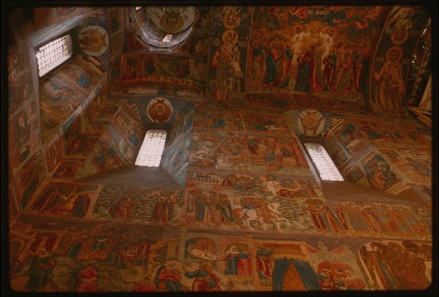 Church of Elijah the Prophet (1647-50), interior, west wall, with frescoes of scenes from the life of Christ (1680-81), Yaroslavl, Russia (c1992) (Photo: William Craft Brumfield)
