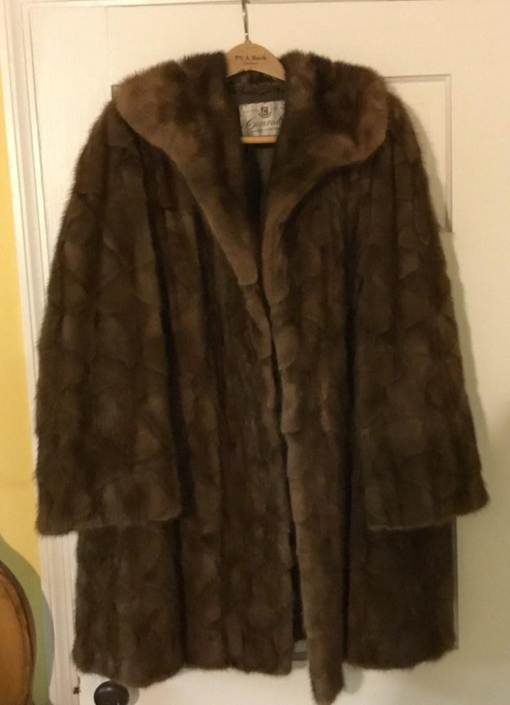 Short fur mink fur coat