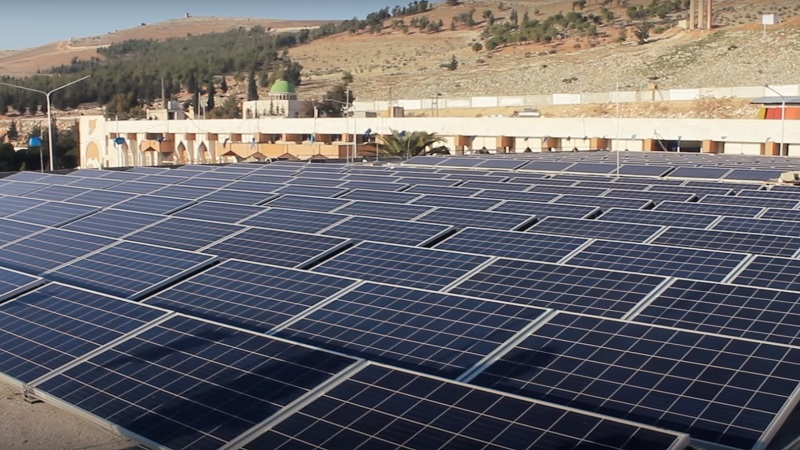 Conflict-hit Syrian hospital going Solar