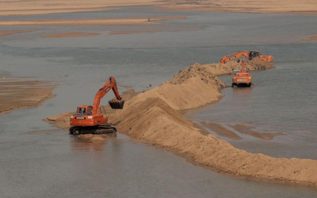 Global Sand and Gravel Extraction Conflicts with the UN's SDGs