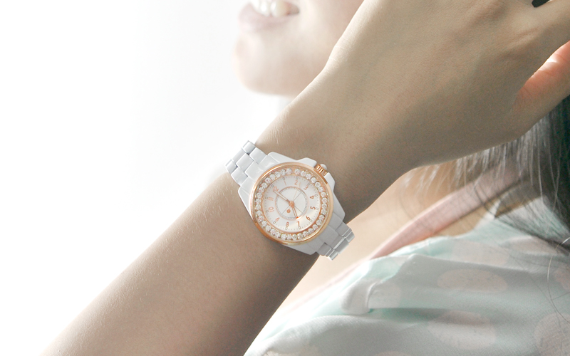 How to Carry Off Custom Diamond Watches and More with Élan