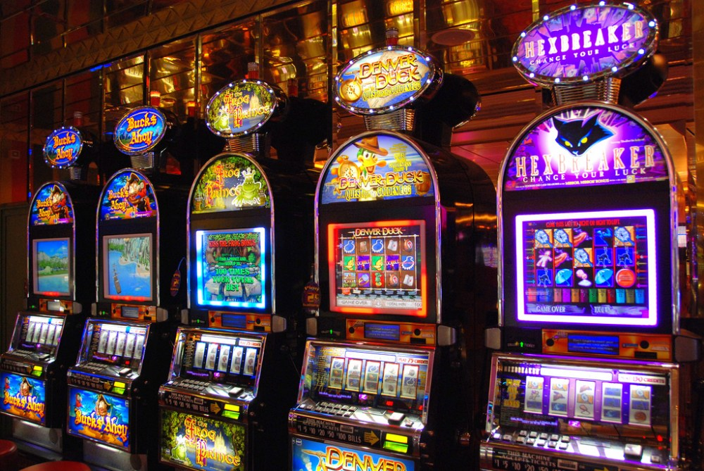 Inside Design: How Online Slot Machines Are Built?