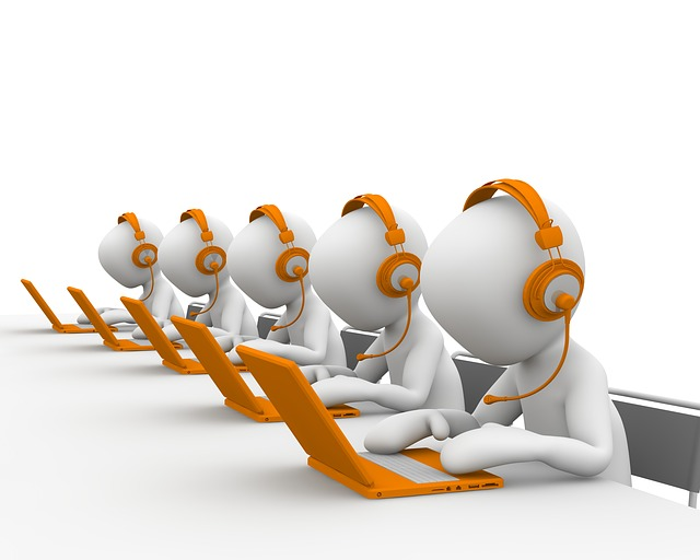 Top 5 Call Center Software to Lift Your Business Efficiency