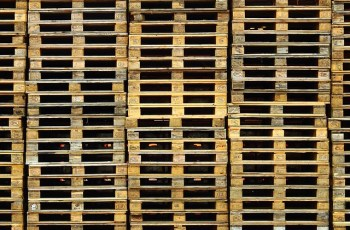 What Are Heat Treated Pallets and Why Are They Important for Your Operation?