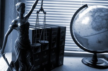 Simple Tips for Choosing the Right Small Business Lawyer
