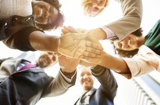 Strengthening the Team Spirit with Teambuilding Measures