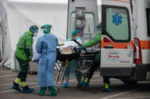 Italy reported 376 coronavirus deaths on Saturday, 21,261 new cases